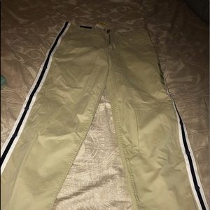 Tommy Hilfiger pants with stripes snap legs 31/30